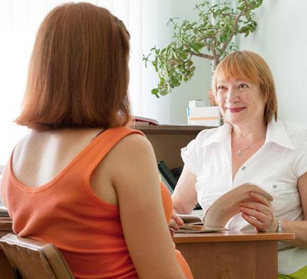 Какие анализы нужно сдать при постановке на учет по беременности