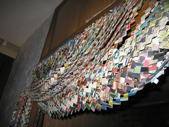 Как сделать из открыток и скрепок шторы