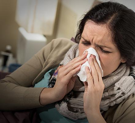 Чем промывать нос во время беременности — Про Маму