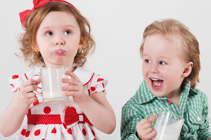 Почему ребенок отказывается от молока в 2 года thumbnail