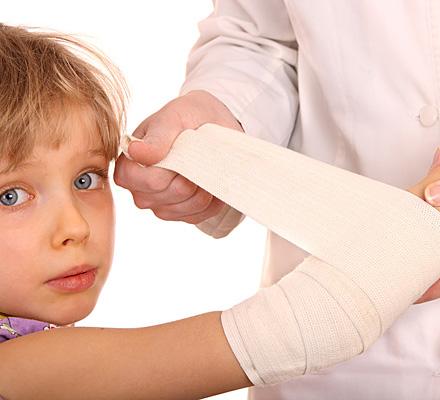Травма ребенка в детском саду: пошаговый алгоритм действий для родителей и сотрудников учреждения