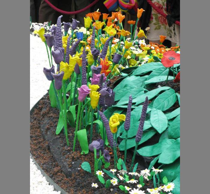 plastilinovy-sad-6 Букет цветов из пластилина своими руками для детей 5-6 лет