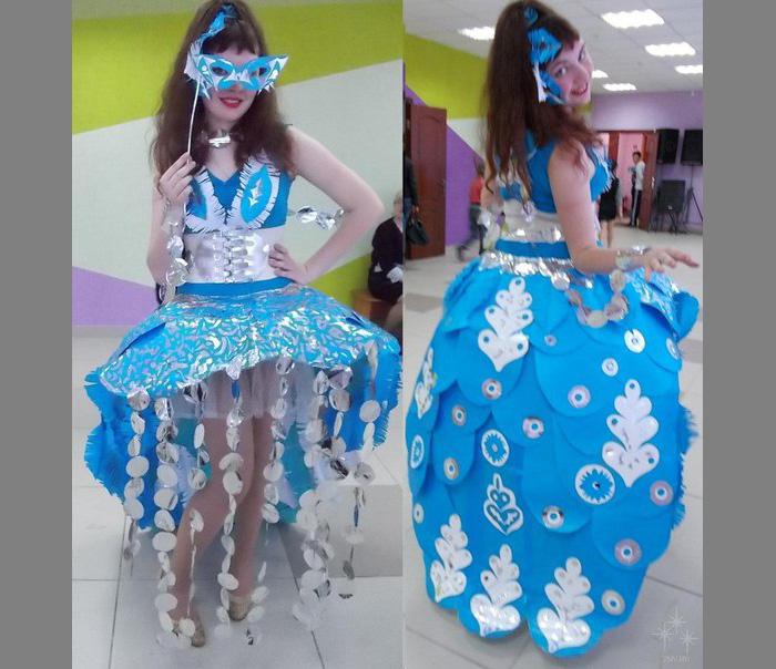 Карнавальные костюмы  из бумаги 12