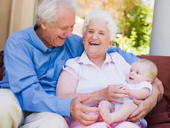 Бабушка и дедушка. Стихи о пожилых людях